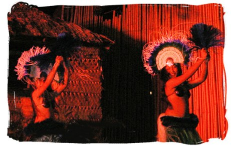 Maui Luaus: Royal Lahaina luau Myths of Maui Tahitian dancers Unforgettable Honeymoons
